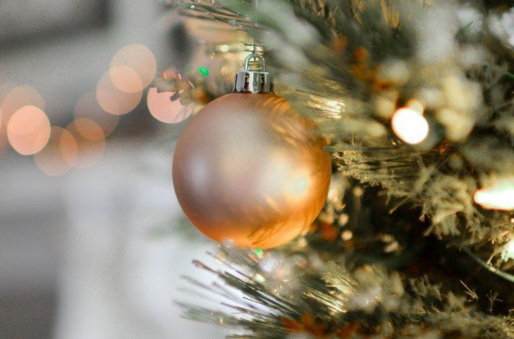 ball-blur-bokeh-712320.jpg